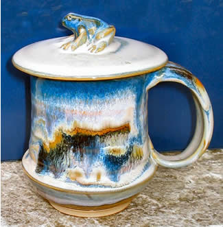 Ocean Moon Mug with Frog Lid