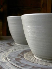 making clay pottery ceramic mixing bowls